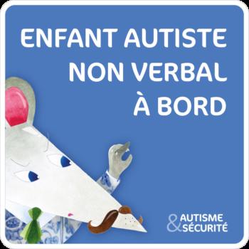 Enfant autiste non verbal à bord